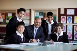 高中国际班就是国际课程大杂烩吗 孩子该如何选