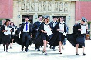 英国教育体系受质疑:学生毕业后收入状况不理想
