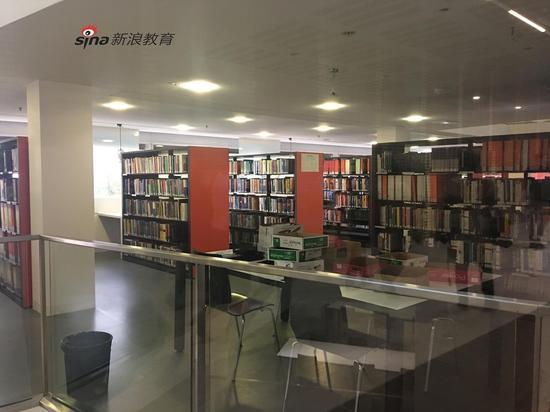 里昂一大图书馆