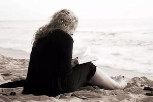 双语阅读:生命中不值得我们去做的30件事
