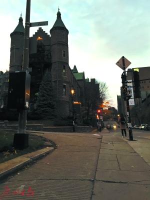 加拿大麦吉尔大学街景。 赖剑修摄