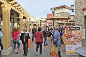 双十一购物潮吹向北美 美华人商家出招吸引顾客