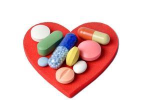 各国规定大不同 出国度假怎么带药品才不违禁?