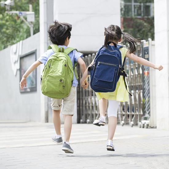新政策对今年上海中小学公办、民办招生有颇大影响。