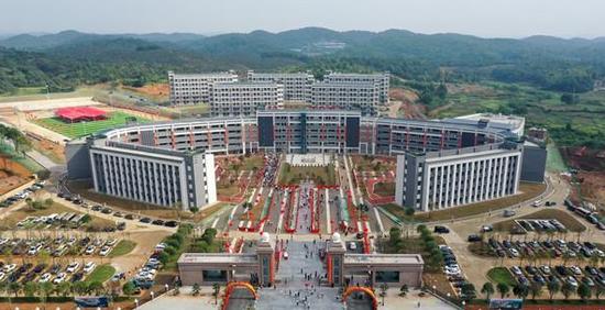 永州一民办学校建成办学一期提供4500个学位
