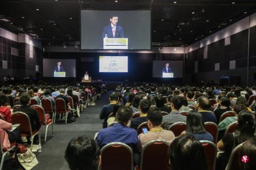 """王乙康出席""""华文作为第二语言之教与学""""国际研讨会开幕礼。(图片来源:新加坡《联合早报》 梁伟康 摄)"""