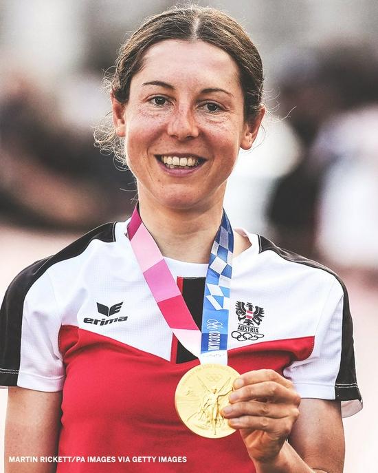 没有教练:奥地利数学博士后奥运自行车公路赛摘金
