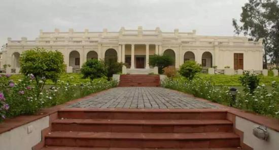 德里大学(图片来自学校官网)