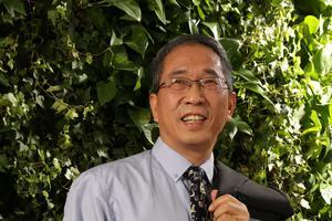 新浪国际学校栏目特约专家:益孟德 Michael Yi