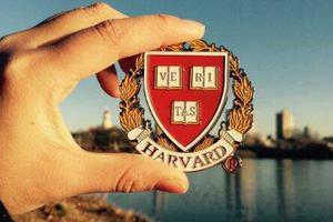 华裔组织受邀至美国白宫 谈哈佛大学录取歧视案
