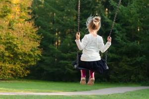 孩子成绩竟然和试卷大小有关 心理咨询师怎么说