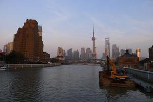 上海将实施海外猎头工程 开展海外人才集中招聘