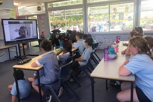 中文教师稀缺 澳洲小学聘老师视频教学中文课程