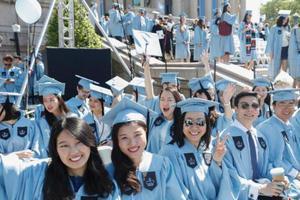 留学生毕业即面临失业难题?中国海归机会多