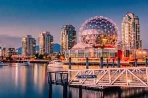 加拿大放宽入籍条件后申请增加 增聘公民法官协助