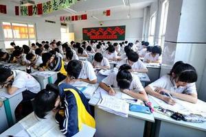 广东502个考点顺利开考 工作人员近10万人