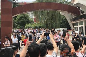 陕西:高考语文结束 考生称作文难度大时间紧