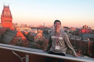 专注阿兹海默症研究 美华裔学生获哈佛大学录取