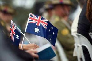 澳大利亚移民人数下跌10% 为10年最低水平