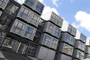 荷兰学生住房短缺 住中国制造的集装箱?