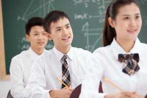高三生成绩下降 家长该如何帮孩子变压力为动力