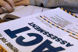 想在半年时间内冲刺满分 选择ACT还是新SAT?