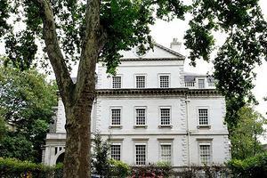 贫穷限制想象 这条英国街道房屋均价3500万英镑