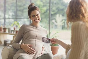 羡慕嫉妒:加拿大父母产假明年起可高达整整40周