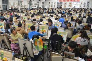 陕西2019艺考统考开考 两万余考生赴考