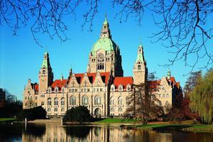 德国医保储备超2100亿欧元 政府立法消减盈余