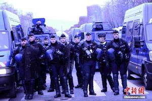 新一轮示威抗议活动在巴黎发起 中使馆吁减少出行