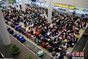菲商报:菲律宾政府拟限制签发外国人工作证