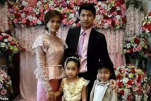 """泰国6岁龙凤胎举行婚礼 父母坚信""""他们是前世恋人"""""""