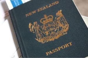 新西兰移民局承诺尽快为23名中国工人更换签证