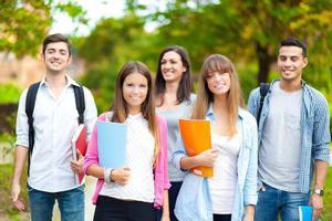 来自业内人士的提醒 出国读高中不一定是名校通行证