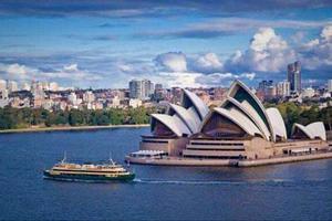 亚裔在澳大利亚难登事业巅峰?会说英语是关键