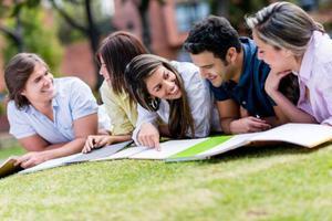 美高生是否比国内学生 更容易申请到美国大学
