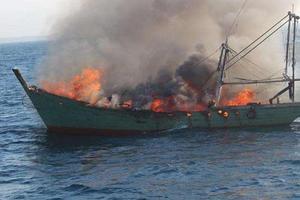 韩国渔船发生渔船起火事故 一名中国公民失踪