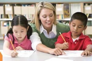 """中外教育专家""""支招""""中国学生如何接轨国际教育"""
