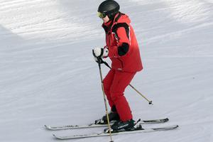 华媒:滑雪运动受欢迎 中国游客赴日人数暴增