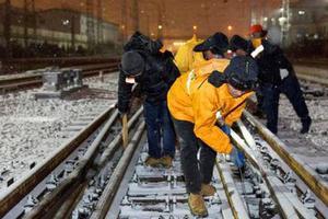春运艺考客流叠加 济南铁路积极应对雨雪天气