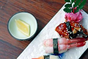 日本人过百岁九大饮食秘密:吃八分饱少量吃肉