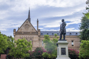 赴澳留学 这些大学奖学金值得关注