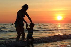 双语精选:父母老去之前 我该做点什么?