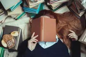 昆士兰大学一学生图书馆内晕倒 留学如何克服压力?