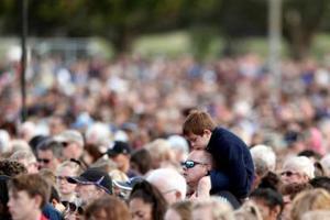 枪击案后新西兰游客人数下降 但移民逆势大涨