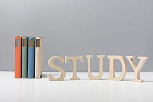 國際學校學生備考 用老SAT題目練習可以嗎?