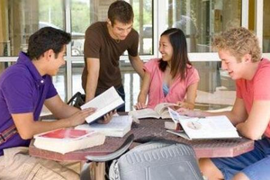 国际生申请美国高中留学 需做好这些准备工作