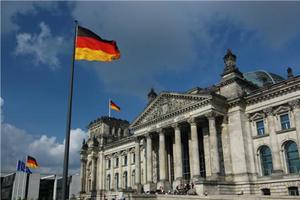 德國高中畢業考試數學太難 數萬名考生聯名抗議