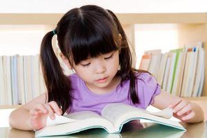 国际幼儿园老师分享:如?#38395;?#20859;3岁孩子的?#20137;?#33021;力
